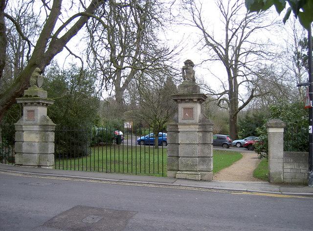 Royal Victoria Park - former road entrance