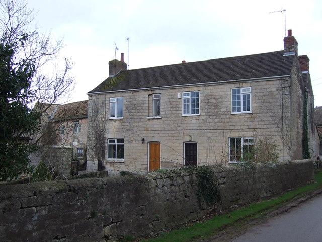 Cottages on Scarthingwell Lane