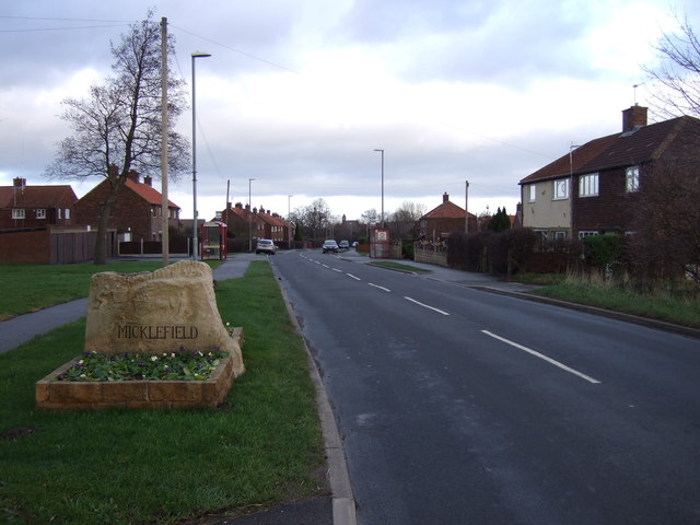 Entering Micklefield on Church Lane