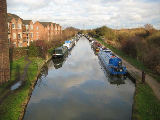 Coventry Canal: North of Hawkesbury Junction