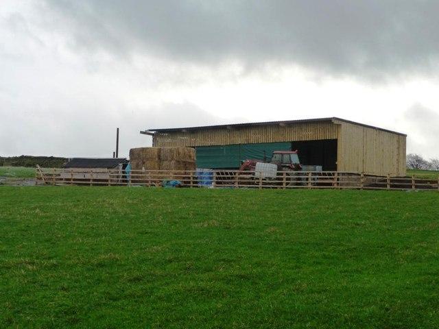 Farm building south of Haddingley Lane