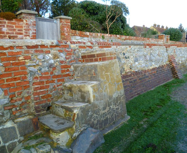 The flood wall on Shore Road in Bosham
