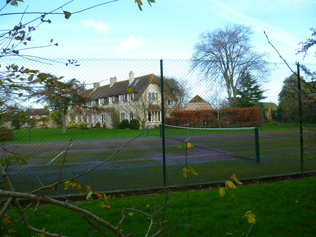 Tennis court by footpath in Bosham