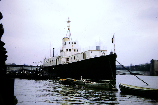 HMS President -  River Thames 1968