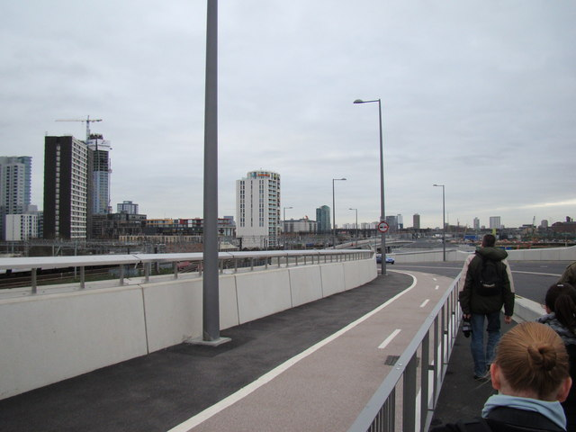 Buildings and railway lines in Stratford, viewed from Westfield Way #2