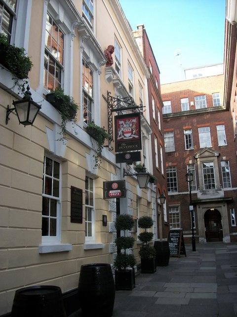 The Devereux Public House, Devereux Court, London