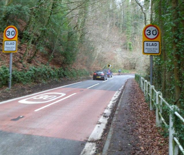 Slad boundary signs