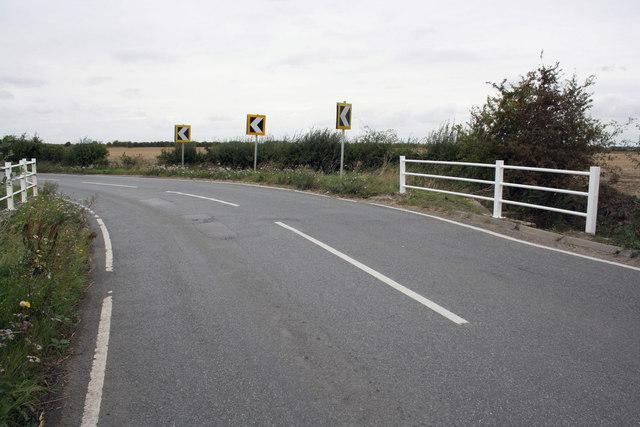 Bridge taking Hanney Road over Portobello Ditch