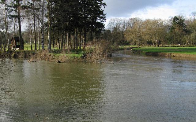 River Rhiw/Afon Riw form the River Severn