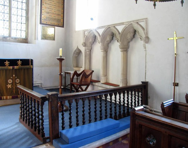 St Andrew, Shalford - Sanctuary