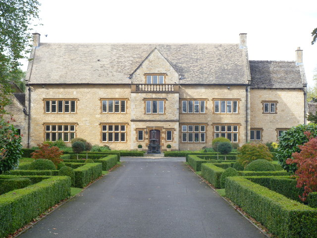 Broadstone Manor [2]