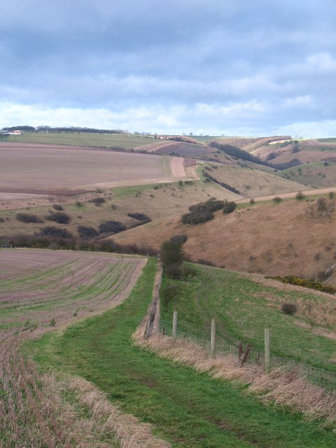 Wolds Way at the edge of Sylvan Dale
