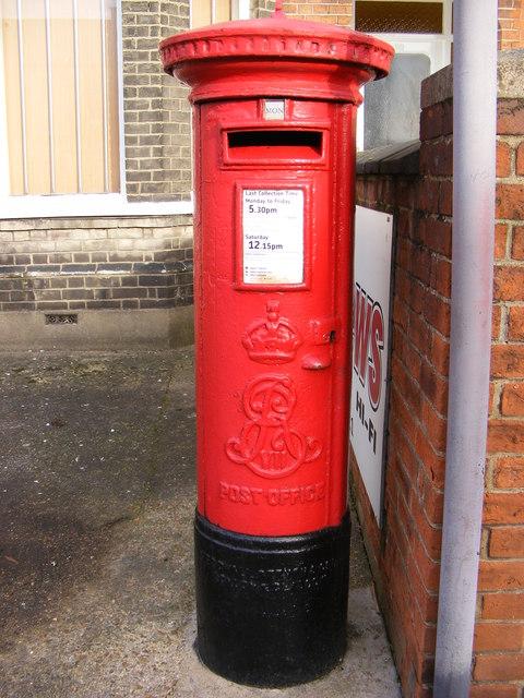 Ruskin Road Edward VII Postbox