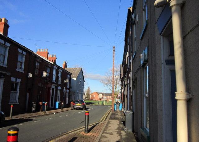 Hutt Street towards Leonard Street, Hull
