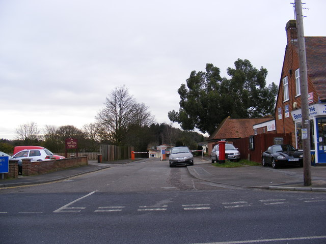 The entrance to Heathlands Park & 748 Foxhall Road Postbox
