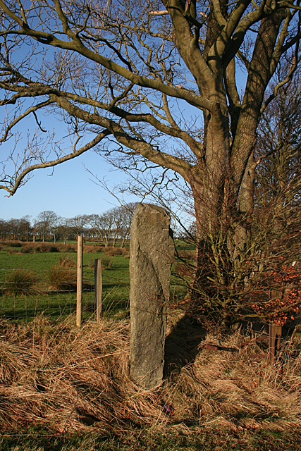 Leadloch Gatepost West