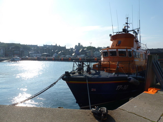 Lerwick: lifeboat and harbour