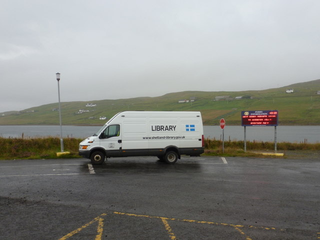 Vidlin: library van at the ferry terminal