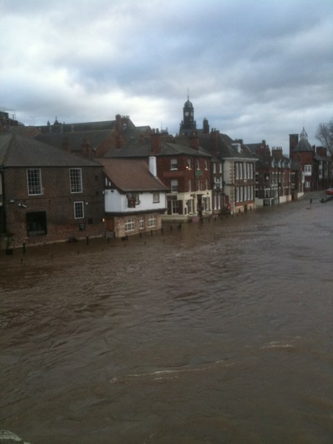 The River Ouse in Flood, Kings Staith - taken from Ouse bridge