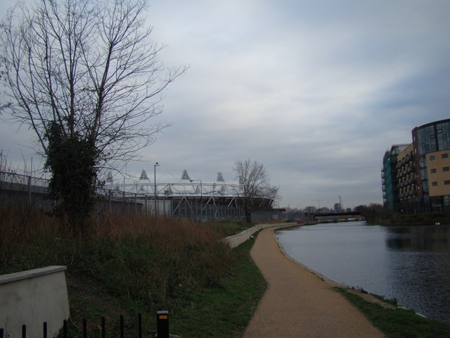 View of the Olympic Stadium from the Lea Navigation #2