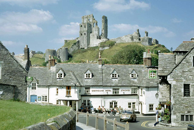 Greyhound Hotel and Corfe Castle, 1972