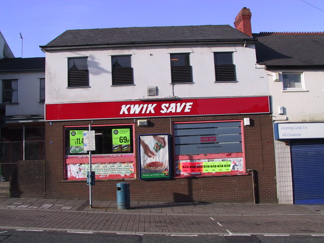 Kwik Save Caerphilly Top of Town Nov 2001