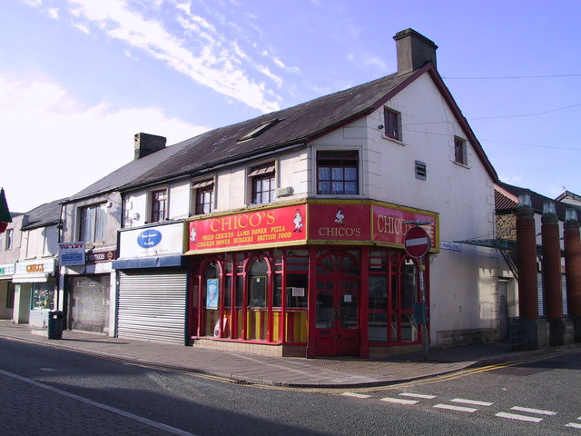 Chicos takeaway in Caerphilly Cardiff Road Nov 2001