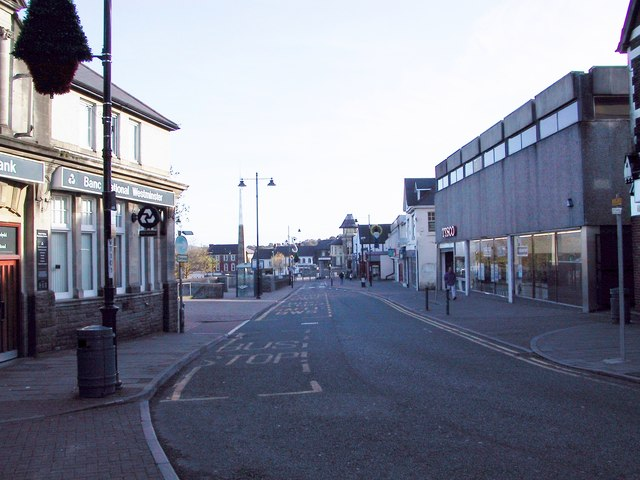 Cardiff Road - Caerphilly - Natwest Tesco's and Glanmors Nov 2001