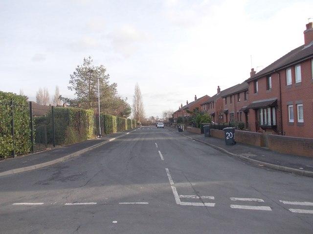 Middle Cross Street - Armley Grove Place