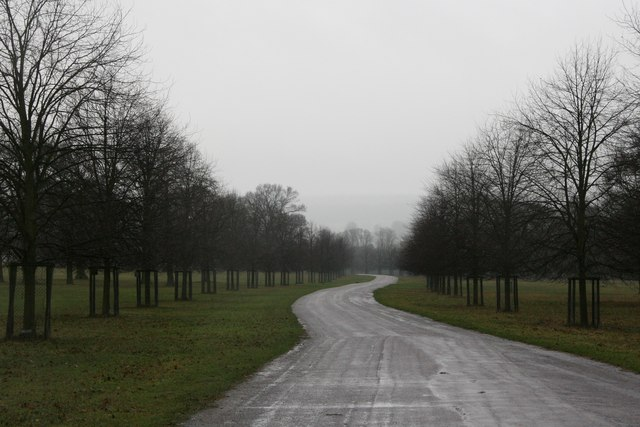 The drive to Chatsworth House