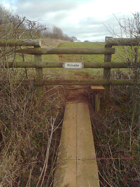 'No entry' path leading from Ditchedge Lane