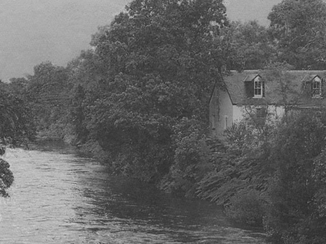 Cottage and River Orchy from Dalmally Bridge