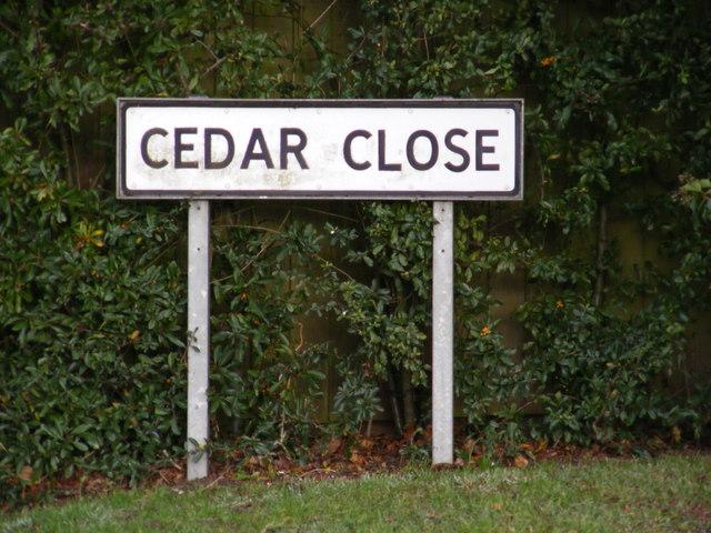 Cedar Close sign