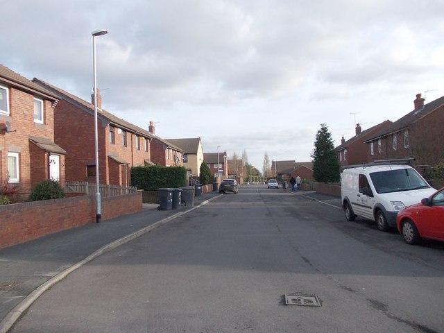 Middle Cross Street - viewed from Barnet Street