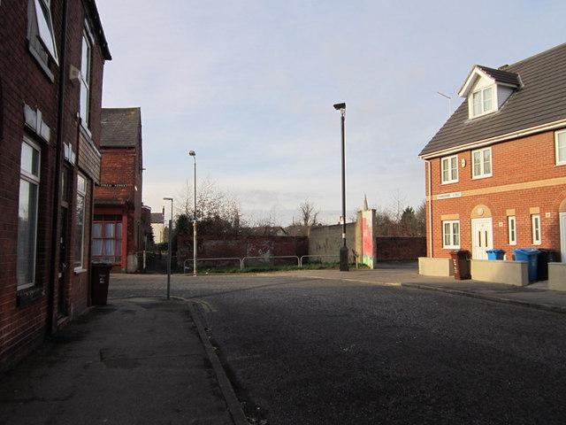 Cranbourne Street towards Mayfield Street