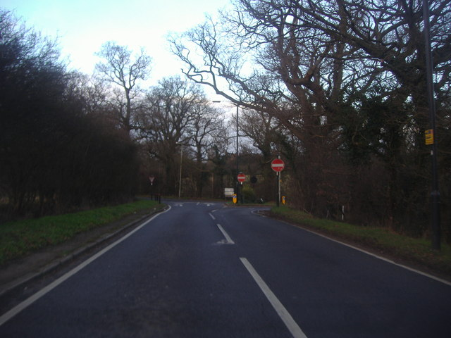 East Lodge Lane approaching Cattlegate Road