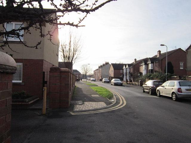 Middleton Street towards Spring Bank