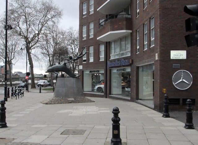 Mercedes-Benz and sculpture, Cheyne Walk SW3