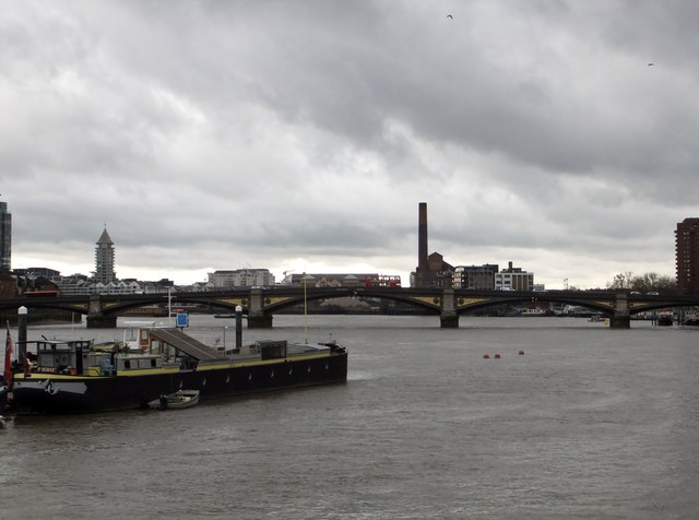 River Thames and Battersea Bridge from Chelsea Embankment SW10