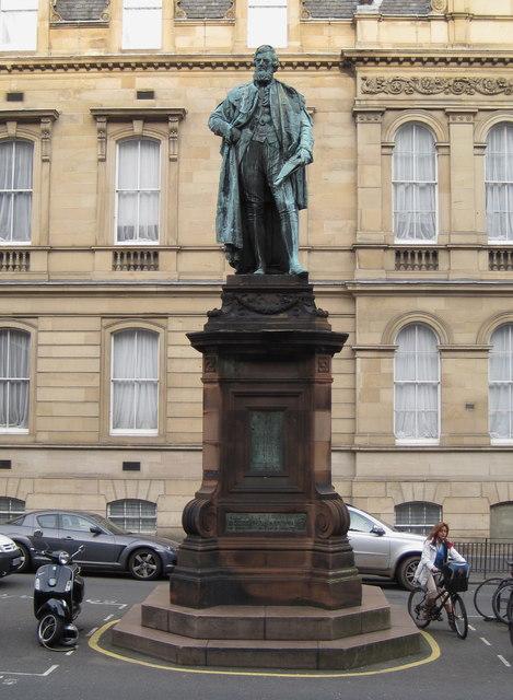 Statue of William Chambers, Chambers Street Edinburgh
