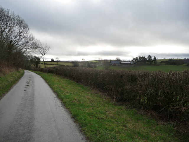 View towards Bishop's Moat Farm