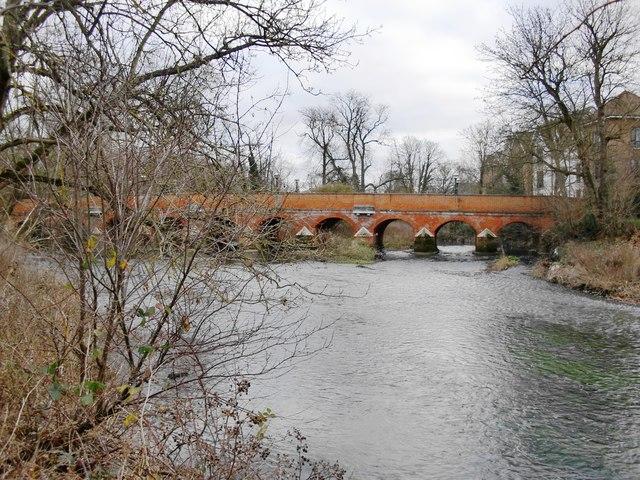The River Mole at Leatherhead, looking upstream towards Town Bridge