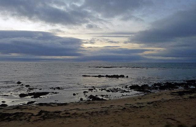Sandy sea shore between Brora and Helmsdale