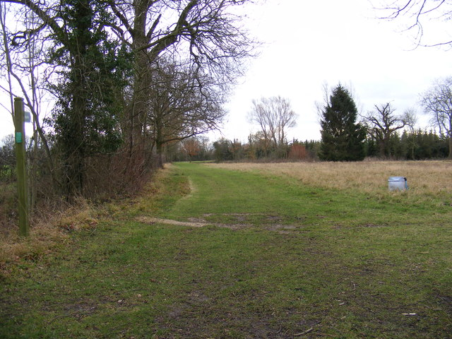 Footpath to Doggett & the B1117