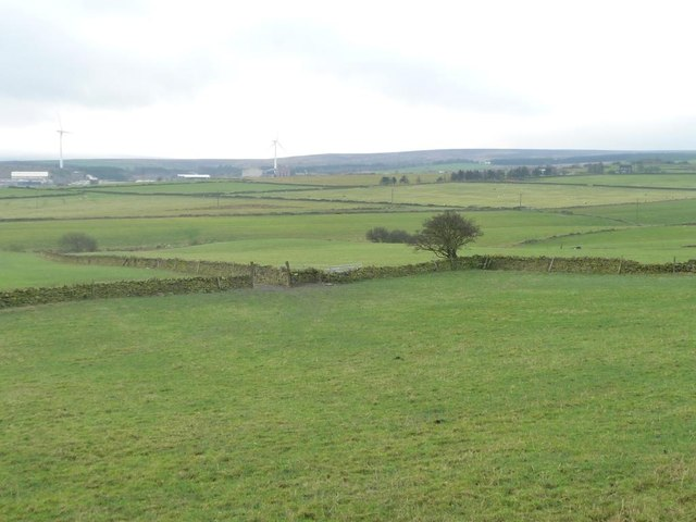 Farmland below Lower Maythorn Lane