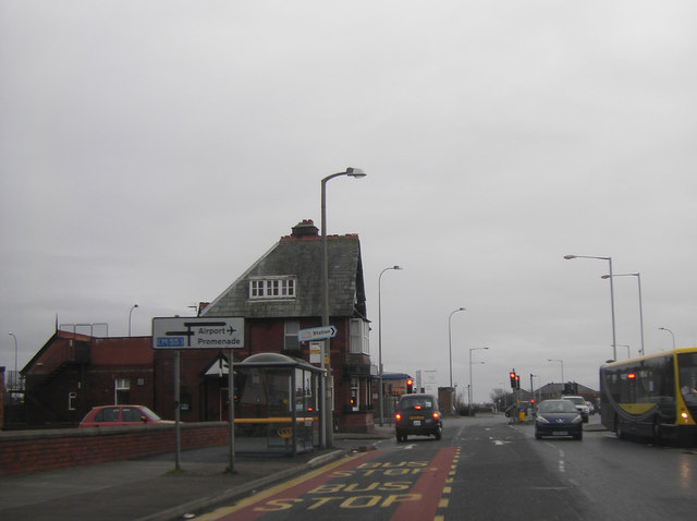 Approaching traffic lights by Halfway House