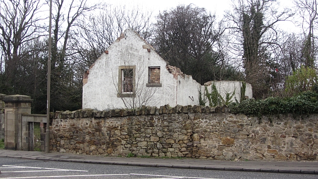 Lodge, Edmonstone