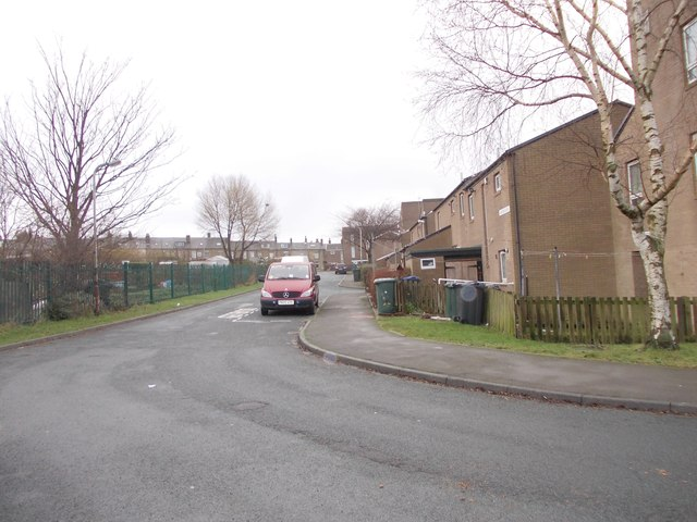 Lane Ends Close - off Thornton Road