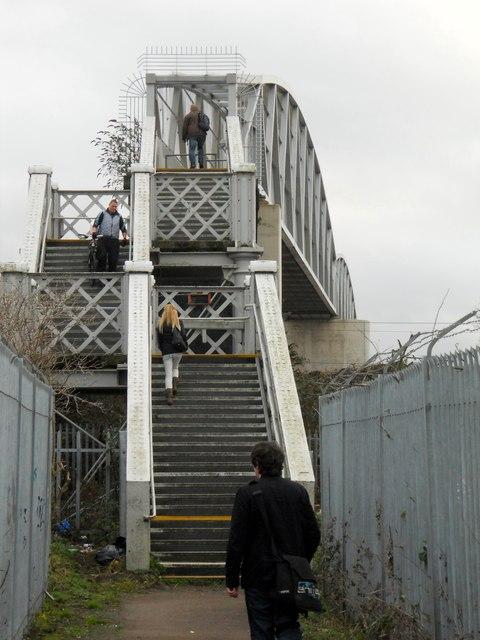 Rugby-Wood Street Footbridge