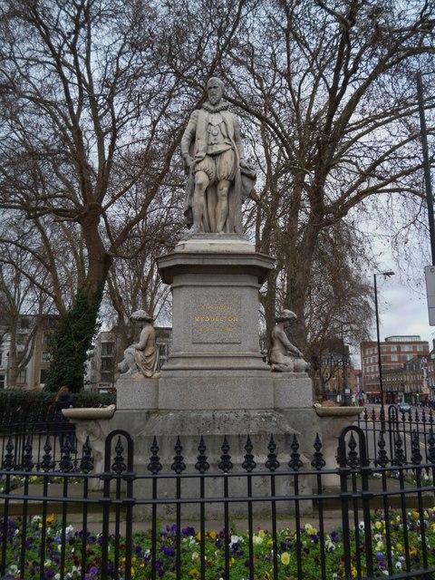 Sir Hugh Myddelton Statue, Upper Street N1